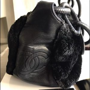 🔴 RARE Chanel Bag made of Lamb & Fur🔴